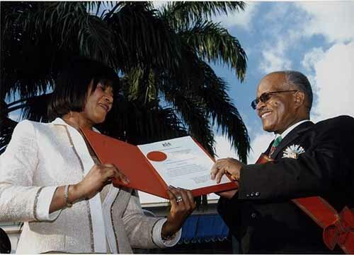 http://nlj.gov.jm/Digital-Images/d_0002741_prime_minister_portia_accepts.jpg