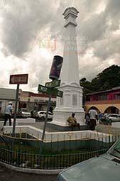 d_0004333_cenotaph_portland.JPG