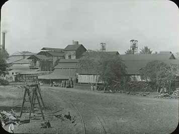 d_0005673_slide_63_lumberyard_by_train_tracks.jpg
