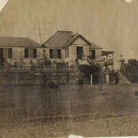 http://nlj.gov.jm/Digital-Images/d_0003979_knockalva_house2.jpg