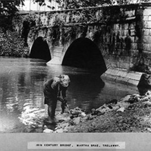 d_0007382_18th_century_bridge_martha_brae.jpg