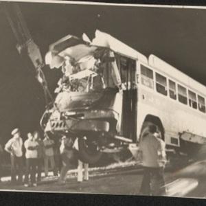 d_0008087_bus_crash_kgn_st_catherine_auseway.jpg