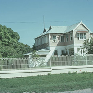 d_0006984_island_house_hope_rd_bob_marley_museum_1975.jpg