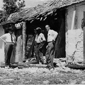 d_0007388_badly_damaged_house_hanover.jpg