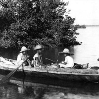 d_0004228_native_fishing_boat.jpg