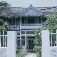 d_0006147_black_river_seafront_house_verandas.jpg