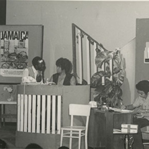 d_0007550_carifesta_1972_smile_orange_jamaica_drama_carifesta.jpg