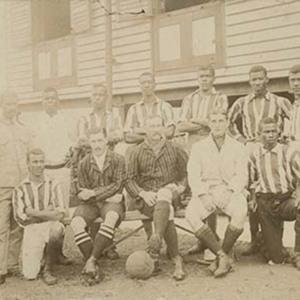 d_0006816_football_team.jpg