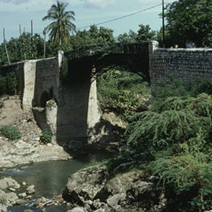 d_0006980_iron_bridge_spanish_town_st_catherine_1981_2.jpg