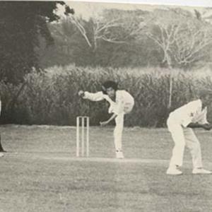 d_0006746_myron_chin_playing_cricket_match.jpg