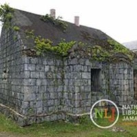 d_0004488_old_building_titchfield_high.JPG