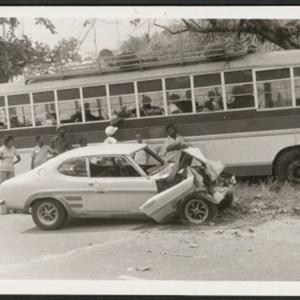 d_0008047_bus_car_collision_st_thomas.jpg