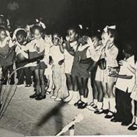 d_0005138_children_singing.jpg