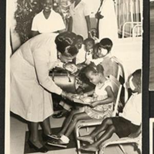 d_0007473_children_nurses_bustamante_hospital.jpg