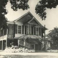 http://nlj.gov.jm/Digital-Images/d_0003993_18th_century_house.jpg