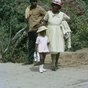 d_0007014_man_woman_child_yallahs_valley_st_thomas_1972.jpg