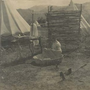 d_0006767_washing_day_papine_camp_lt_read.jpg